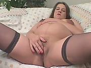 Sex starved brunette preggo fingering herself naked wanted to be fucked